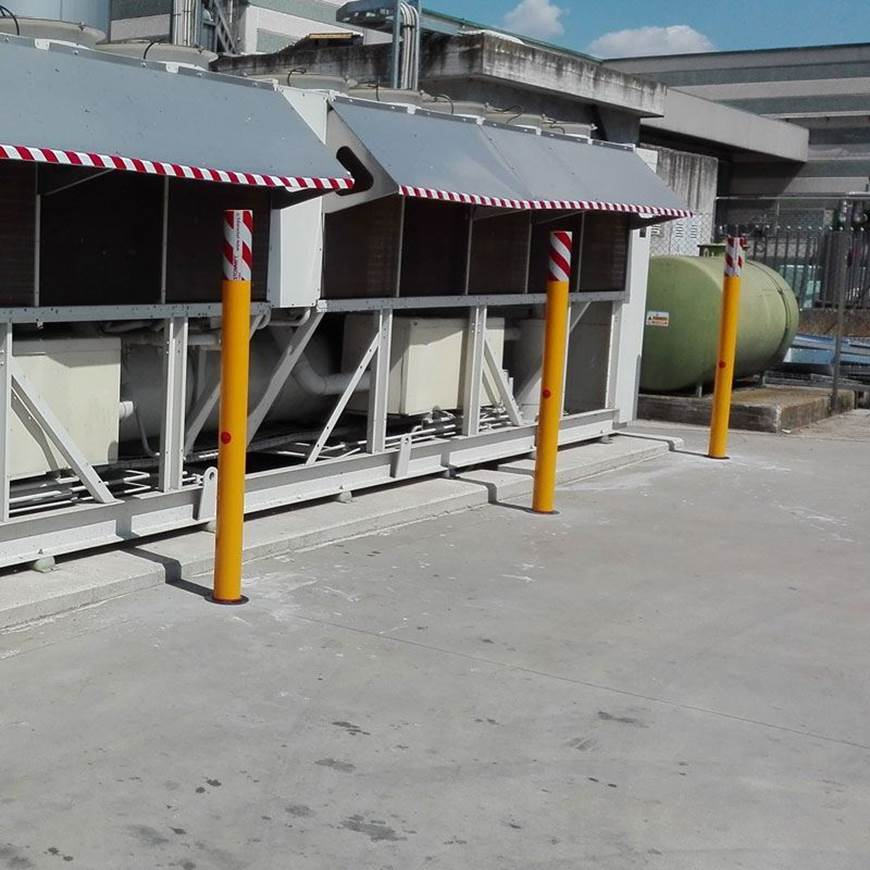 Picture of STOMMPY Flexible Barrier Systems High Visibility Bollards